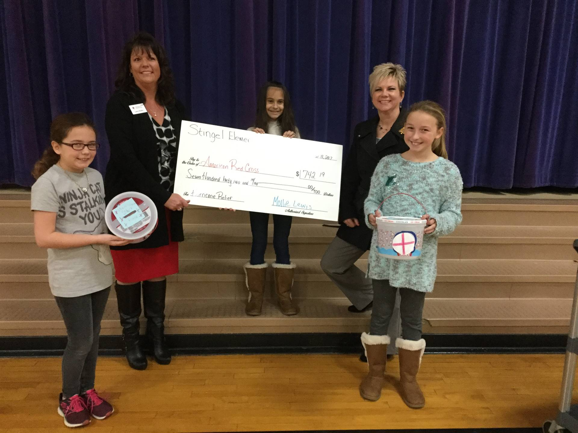 students raise money for hurricane victims